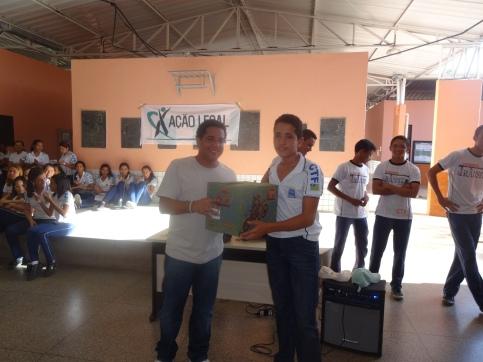 Prof. Ribamar Batista e Lucas Barros, vencedor do percurso final.