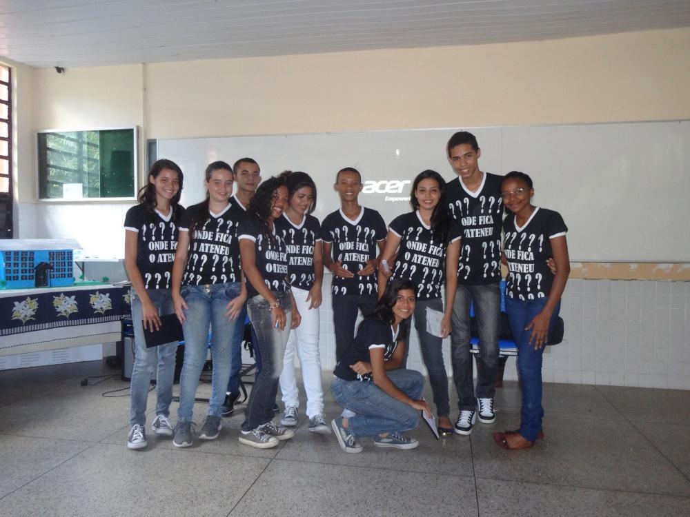 Projeto (Re)Descobrindo os Clássicos: Sarau Literário (2/4)